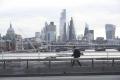 Koronavírusom sa mohlo nakaziť až 13 percent obyvateľov Londýna