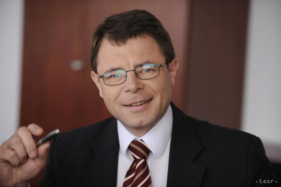 Nový riaditeľ TASR V. Puchala predstavil poslancom budúcnosť agentúry
