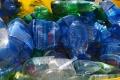 Predstavujú PET fľaše bezpečnostné riziko? Odborníčka v tom má jasno