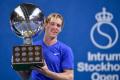 Shapovalov zvíťazil vo finále turnaja ATP v Štokholme