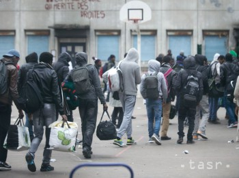 Le Figaro: Parížania z 19. obvodu sú pre migrantom na konci s nervami