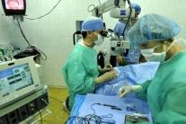 B. Pekárek: Aj väčšie nádory dokážeme odstrániť vcelku a bez operácie