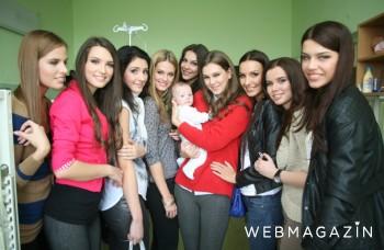 Miss Slovensko 2013: Rozdávali nehu a úsmev malým pacientom