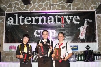 V 1. ročníku barmanskej súťaže ALTERNATIVE CUP 2013 kraľovali dievčatá