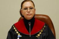 Rozhodnutia ÚS SR sú záväzné pre všetkých účastníkov, tvrdí Macejková