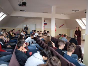 Pani Lívia Klausová na stavebnej priemyslovke v Lučenci
