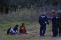 Maďari pri hraniciach so Srbskom zadržali stovku ilegálnych migrantov