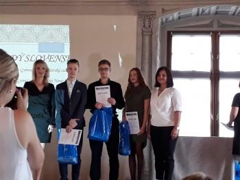 Predsedníčka ŽSK ocenila dve študentky zo SOŠDaS Krásno nad Kysucou