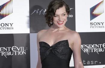Milla Jovovich je tehotná, nakrúcanie nového Resident Evil sa odložilo