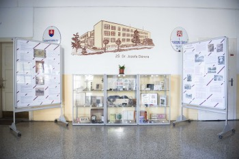 Malacká ZŠ Dr. J. Dérera patrí do dejín vzdelávania v 1. ČSR