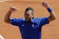 Tsonga zdolal vo finále turnaja v Lyone Berdycha