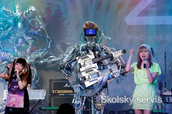Hudobníci Z-Machines nikdy nebudú unavení 78ea1e171f1
